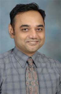 Kamran Ahmed, MD headshot