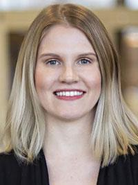 Sarahjean Seymour, CRNP headshot