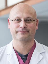 Dzanan Ramic, MD headshot