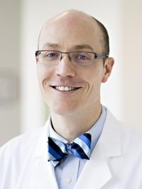 Sean R. Quinlan-Davidson, MD headshot