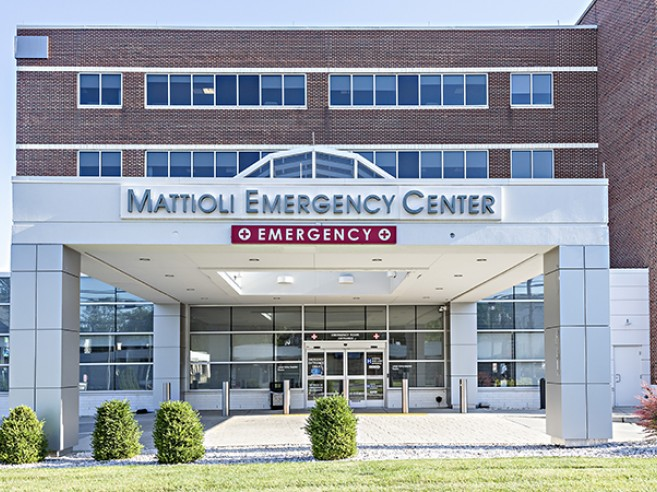 Emergency room entrance at Lehigh Valley Hospital–Pocono Mattioli Emergency Center
