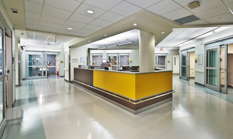 Emergency room nurses' station at Lehigh Valley Hospital–Muhlenberg