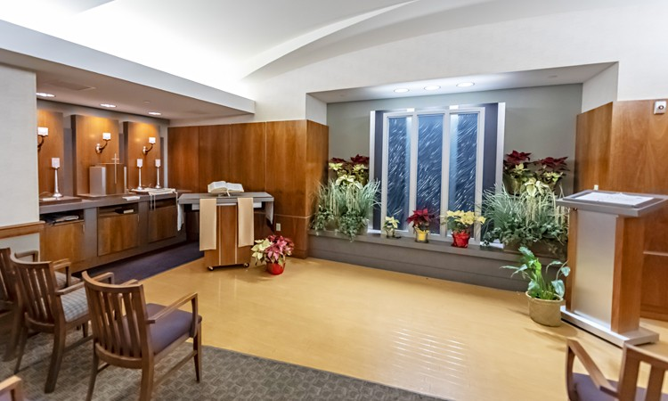 Chapel located on the first floor of Pool Pavillion, Lehigh Valley Hospital-Cedar Crest