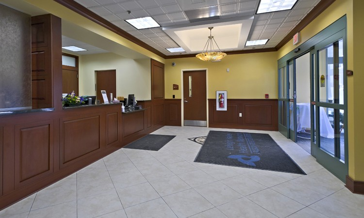 Entrance area for LVHN Surgery Center–Tilghman, located in the 4825 building at LVHN–Tilghman