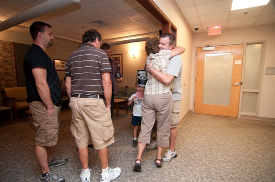 Dad/birth partner may stay to support you in the Labor/Delivery area during your entire stay. Family and friends may wait outside the Labor/Delivery area.